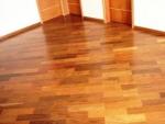 piso com alto brilho sinteco