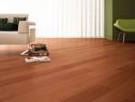 Piso laminado cor Freijo piso laminado escolhido com muito carinho para combinar com o dia a dia