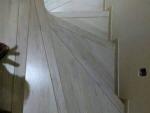 escada com Piso laminado eucafloor